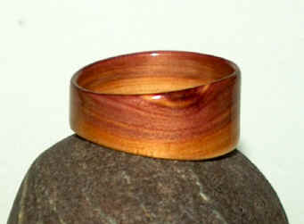 Juniper heartwood Touch Wood Ring